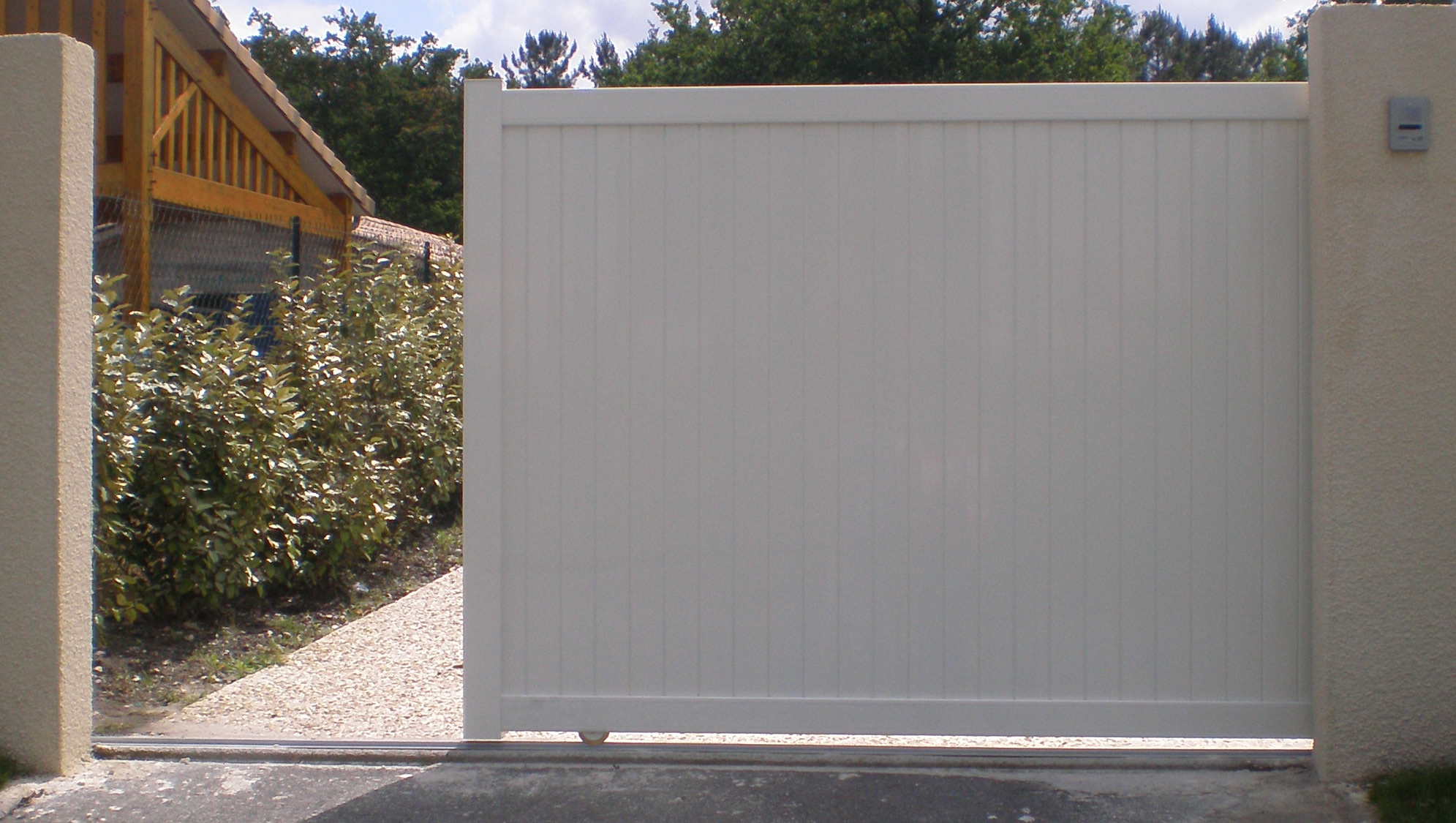 Portillon aluminium brico depot portail for Prix portillon pvc